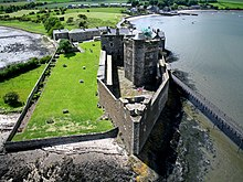 220px-Blackness_Castle,_Blackness,_Scotland