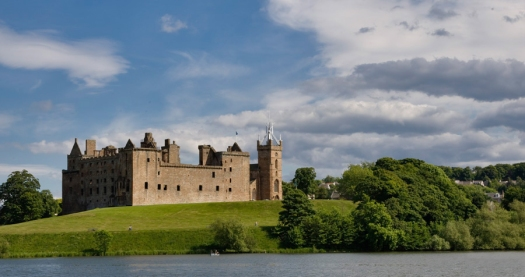 Linlithgow_Palace_NW_03